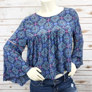 Hollister Smocked Bell Sleeve Top Sz L ::